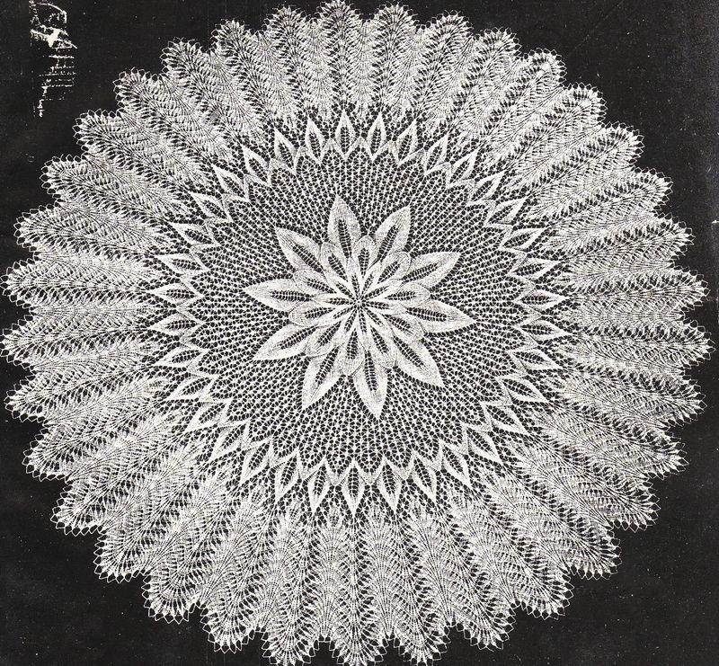 Round baby shawl