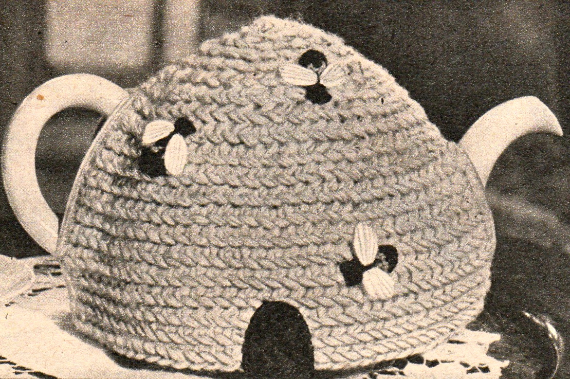 Vintage Bee And Beehive Tea Cosy Cozy Knitting And Crochet