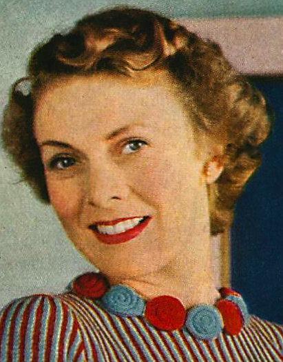 How To Make A Knitted Flower Necklace Vintage 1940s Flower Knitting